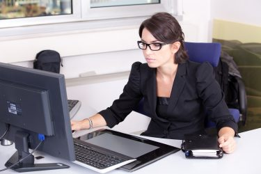 the dos and donts of managing online staffing outsource